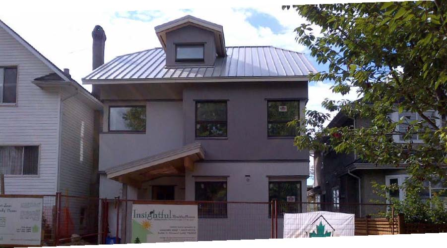 Insulspan Sips Used In Bc S First R 2000 Net Zero Energy