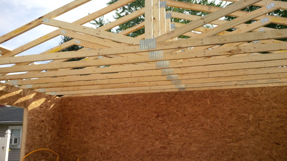 how to set up roof trusses