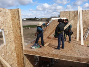 Builders install the Insulspan SIP walls for this southern Michigan homeowner.